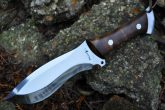 handcrafted-huntind-knife-d2-tool-steel-beautiful-camping-knife-3-681-p