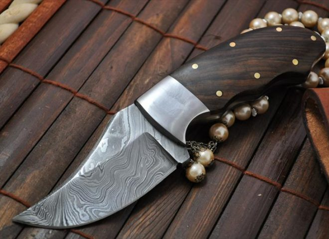 bushcraft-knife-for-hunting-camping-damascus-steel-burl-wood-212-p