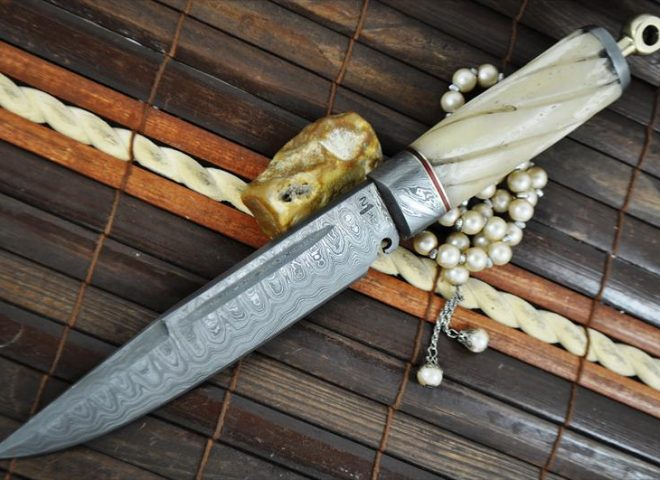 handcrafted-damascus-hunting-knife-mammoth-bone-handle-2-222-p