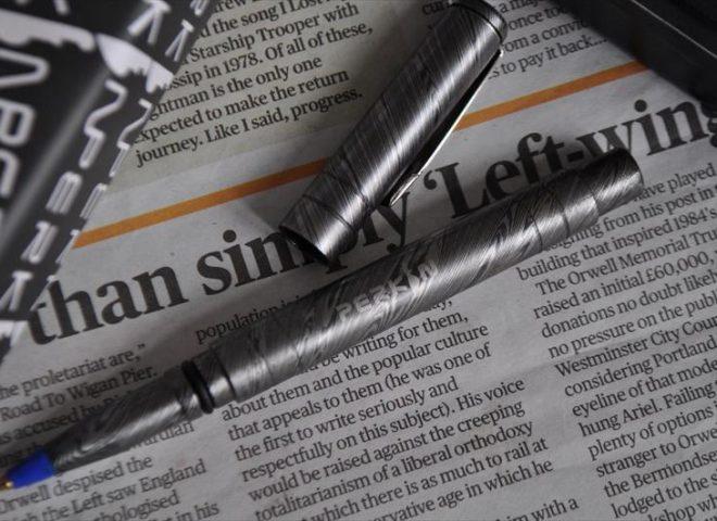 Handmade Damascus Steel Pen