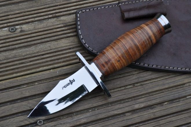 Small Hunting Knife - Leather Handle