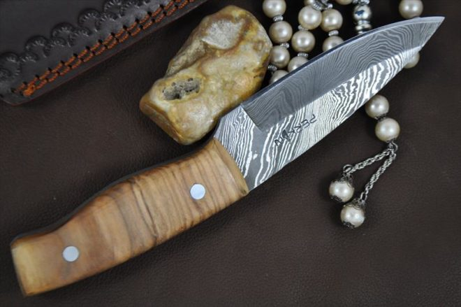 Handmade Damascus Steel Hunting Knife - WBC-105