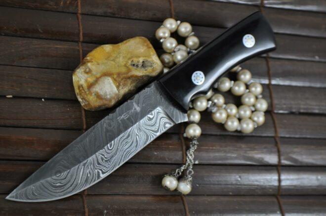 Bushcraft Knife Damascus Steel - Full Tang - Work of Art by Chris