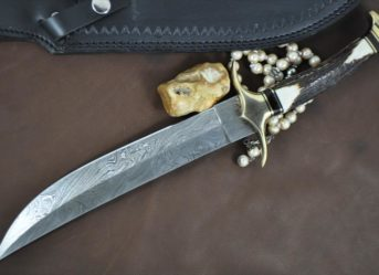 Beautiful Handmade Bowie Knife With Stag Handle