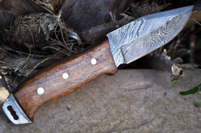 Custom Damascus Bushcraft Hunting Knife with Free Leather Sheath