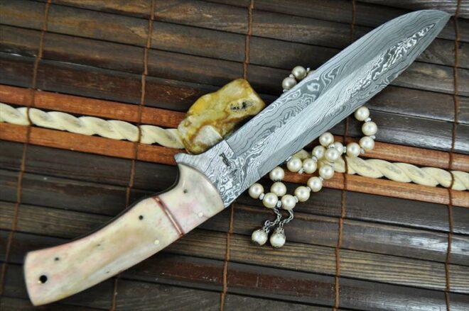 CUSTOM HANDMADE DAMASCUS HUNTING KNIFE - BOWIE KNIFE WITH SHEATH