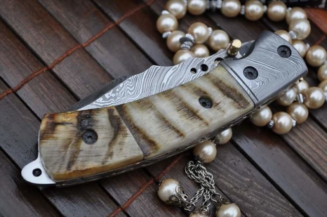 Damascus Folding Knife with Ram's Horn Handle - English Handmade Knives
