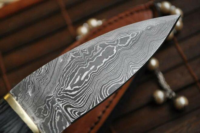 Custom Made Damascus Hunting Knife - Filipino's Style