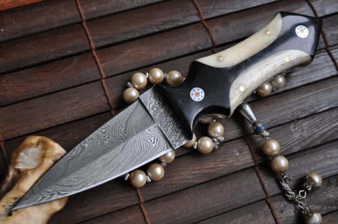 Damascus Custom Made Hunting Knife with Natural Bone in Handle