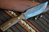 CUSTOM MADE HUNTING KNIFE DAMASCUS STEEL & ROOT WOOD
