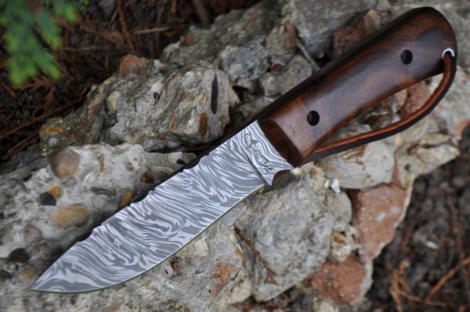Damascus Bushcraft & Hunting Knife - Unique Burl Wood Handle