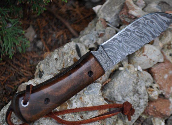 DAMASCUS BUSHCRAFT & HUNTING KNIFE UNIQUE BURL WOOD HANDLE-WBC10A