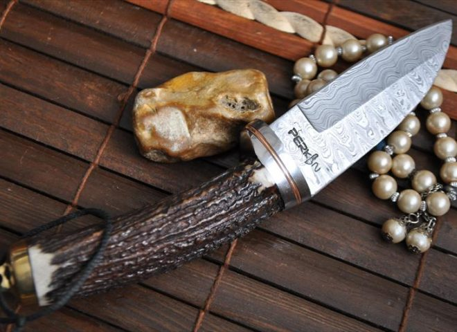 STAG Antler Handle Knife - Damascus Hunting Knife - Bushcraft Knife
