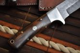 Damascus Hunting English Knife with Walnut Wood Handle