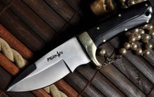 Handmade Bushcraft Knife with Damascus Steel - Quality Workmanship