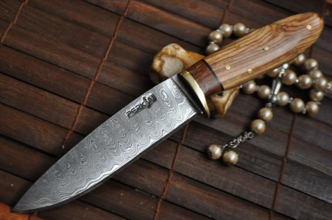 Handcrafted Hunting Knife - Ideal for Bushcraft & Camping