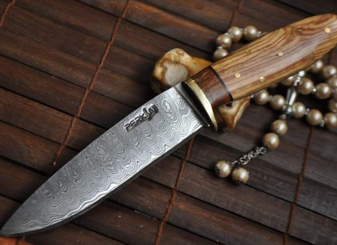 HANCRAFTED HUNTING KNIFE IDEAL FOR BUSHCRAFT & CAMPING
