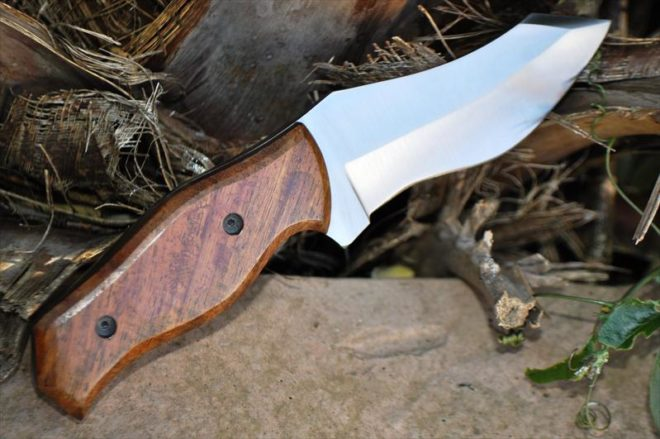 Handcrafted 440c Steel Bushcraft Knife With Walnut Wood Handle