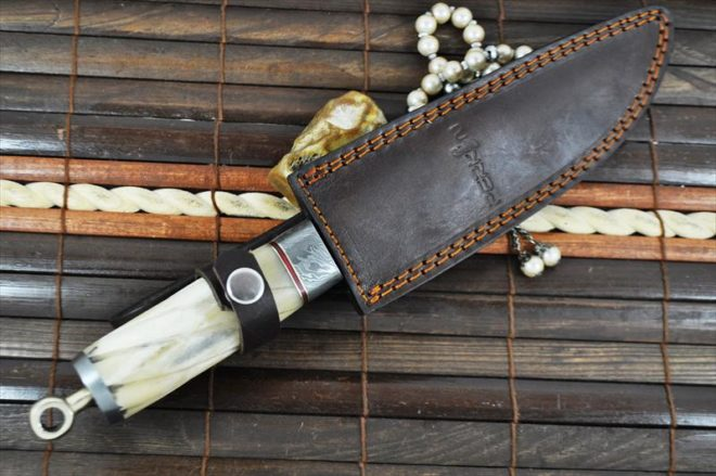 Stunning Damascus Steel Hunting Knife with Bone Handle Sheath