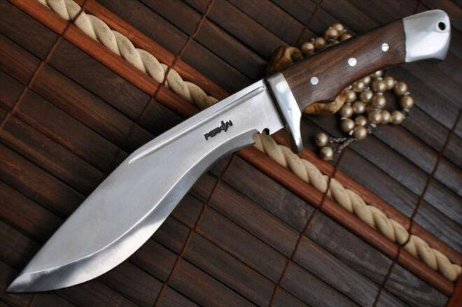 Beautiful Handcrafted Kukri Hunting Knife - 440c Steel