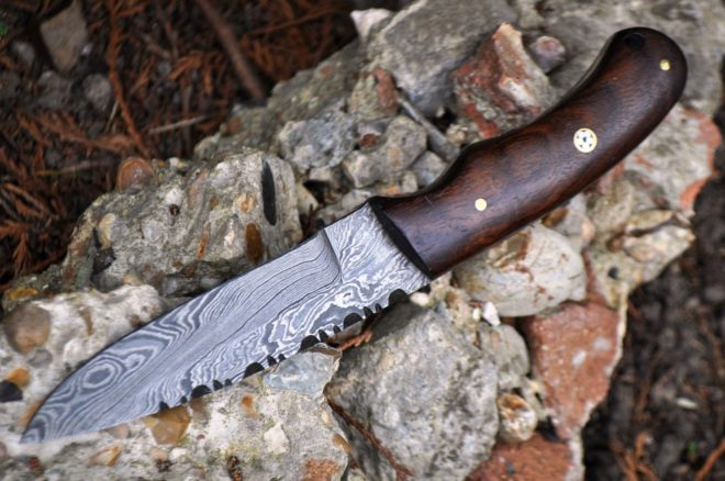 Handmade Damascus Hunting Knife With Burl Walnut Wood