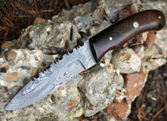 HANDMADE DAMASCUS HUNTING  BUSHCRAFT KNIFE BURL WALNUT WOOD