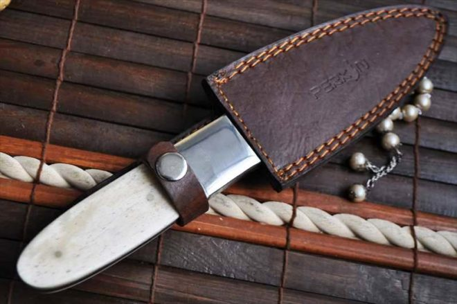 Handmade Damascus Hunting Knife With Camel Bone Handle