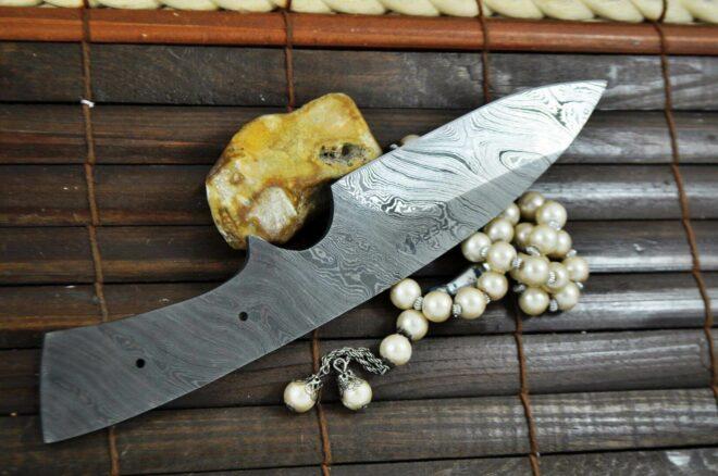 Handmade Damascus Steel Blank Blade - BL1