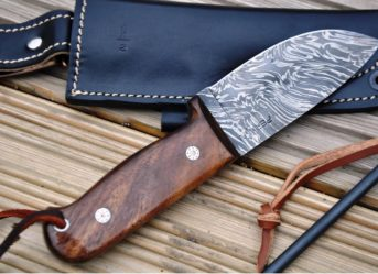Handmade Hunting Knife with Fire Starter and Sheath Damascus Steel Blade