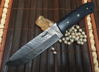 Beautiful Damascus Handmade Hunting Knife with Black Micarta Handle