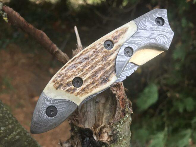 Handmade damascus steel pocket knife stag antler handle