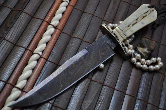 Bowie knife with Coloured Damascus Steel Blade