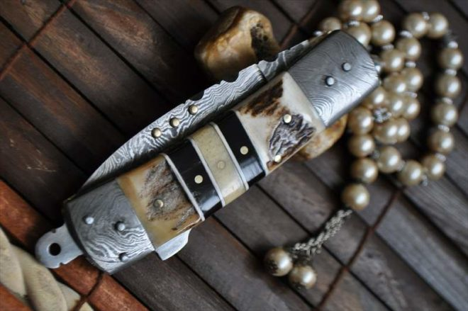 Damascus Steel Folding Pocket Knife With Lock