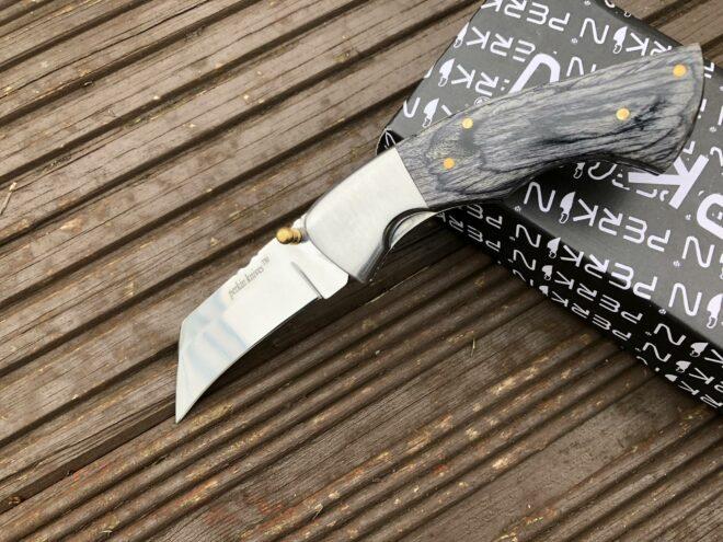 Folding Pocket Knife With Pakka Wood Handle