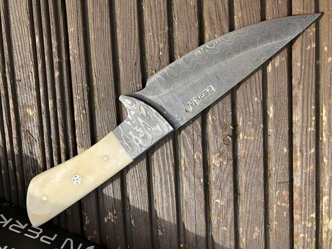 Perkin 3200 Handmade Damascus Steel Hunting Knife with Sheath