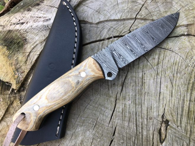Perkin 7 Inches Damascus Steel Knife Hunting Knife with Sheath SK500