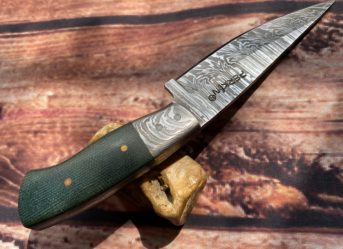 7 Inches Damascus Steel Knife Hunting Knife with Sheath FD100